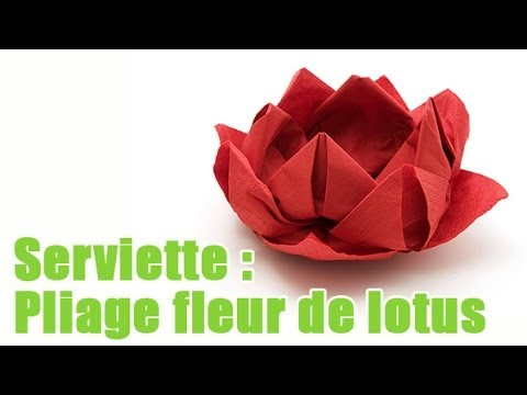 Art : Pliage d'une serviette en forme de fleur de lotus