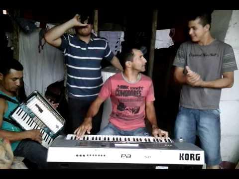 Tamboril do Piauí  banda  Beijo sacana