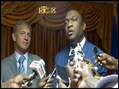 Les représentants de l'OEA en haiti ont effectué une visite au parlement haïtien
