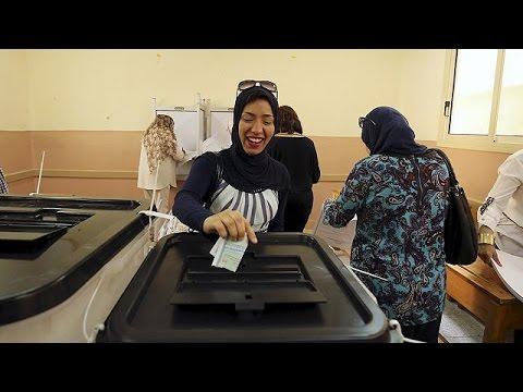 Με μεγάλα ποσοστά αποχής, η πρώτη φάση των βουλευτικών εκλογών στην Αίγυπτο