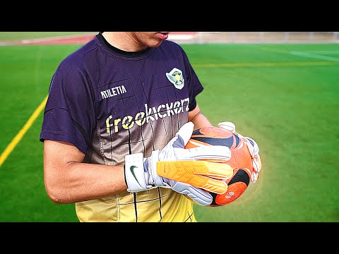 Nike GK Confidence Goalkeeper Gloves – Test & Review by freekickerz