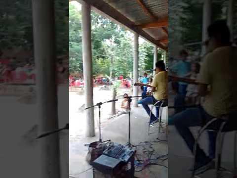 Tom & Dasso cantando no povoado limão em centro novo do Ma