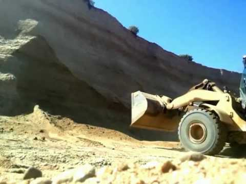 Cat 972g Almost Buried Alive