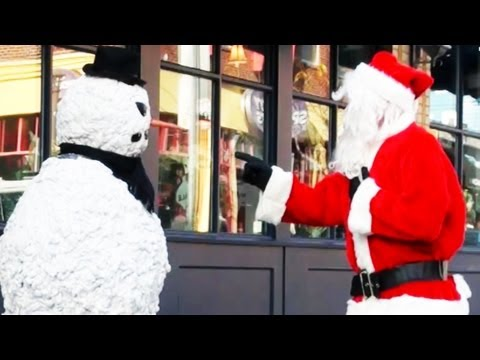 Funny Christmas Video - Subscribe to our new pranks channel http://www.youtube.com/user/pranks PrankBros & Scary Snowman Behind the scenes http://www.youtube.com/user/ripfilms Behin...