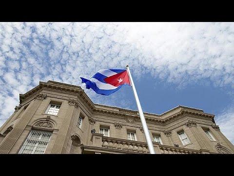 Η σημαία της Κούβας κυματίζει ξανά στην Ουάσινγκτον