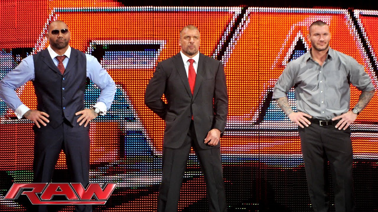 The Shield issues an ultimatum: Raw, April 21, 2014