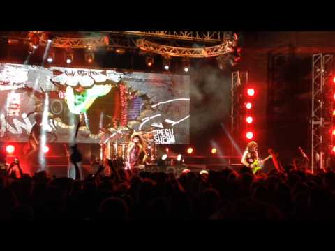 Steel Panther - Glory Hole (Live in Brisbane 2013) NEW SONG PREMIER! [HD]