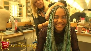 Video Get Real with China Anne McClain | Descendants 2 MP3, 3GP, MP4, WEBM, AVI, FLV Mei 2019