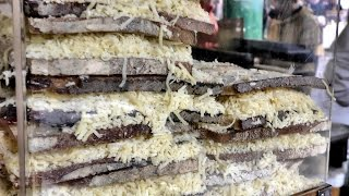 Video London Street Food. Huge Cheese Sandwiches at Camden Town and Borough Market MP3, 3GP, MP4, WEBM, AVI, FLV Februari 2019