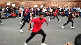 Best dance by student on red fort.. Song on chak len de..
