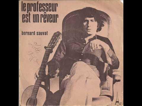 Bernard sauvat la robe verte