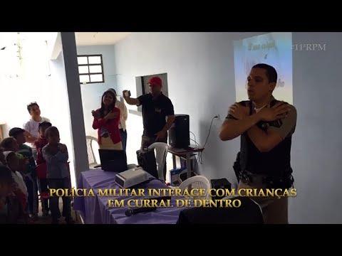 PM INTERAGE COM CRIANÇAS E ADOLESCENTES EM CURRAL DE DENTRO DURANTE PALESTRA EM ESCOLA PÚBLICA