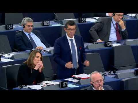 Carlos Zorrinho debate com a Chanceler da Alemanha, Angela Merkel, sobre o futuro da Europa