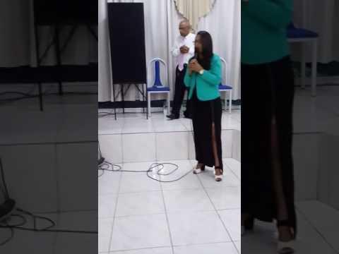 Cantora Giselle Sales, na Brasil para Cristo, em Ibitiara