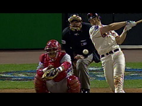 Video: Bell's RBI single gives Giants lead