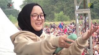 Video Sabyan Gambus -  Qomarun MP3, 3GP, MP4, WEBM, AVI, FLV Maret 2019