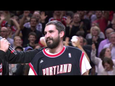 Video: Blazers Fan Sinks from Half-Court to Win a Car!