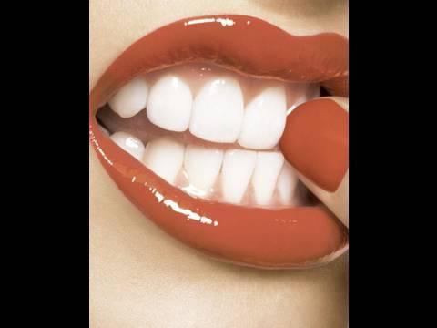 come aver i denti bianchi senza spendere troppo!