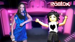 Roblox - DANÇANDO COM A MAMÃE (Dance Off)  Luluca Games