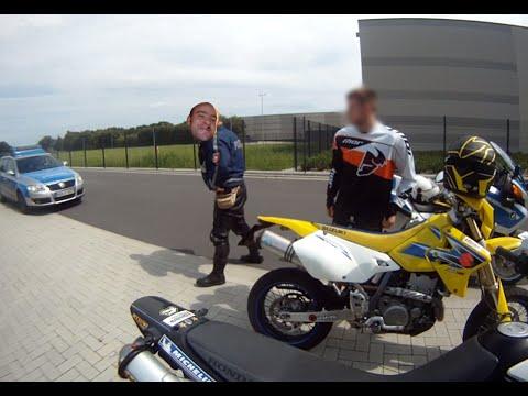Police vs. Supermoto // friendly Cop(s)