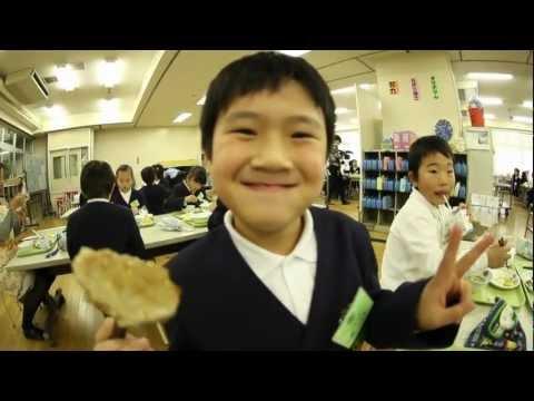 台東区立蔵前小学校 おにぎり給食