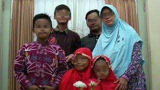 Video Ini Wajah Keluarga Terduga Pelaku Bom 3 Gereja di Surabaya, Foto dari Pihak Kepolisian MP3, 3GP, MP4, WEBM, AVI, FLV Mei 2018