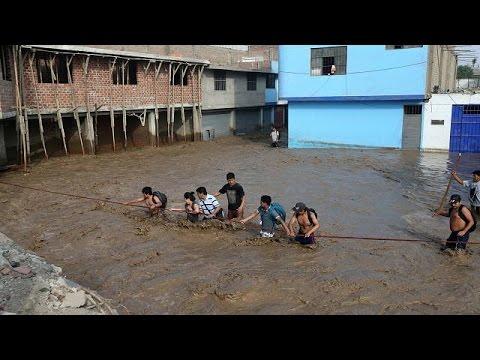Φονικές καταιγίδες πλήττουν τις βόρειες ακτές του Περού