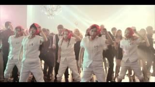 크레용팝 '어이' 뮤직비디오 [Album Introduction] [Korean] 지난해 '빠빠빠'로 전국을 들썩이게 한 걸그룹 크레용팝이 드디어 신곡...