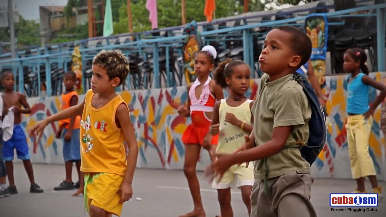 La Conga Cubana - Santiago - Cuba - 014v02