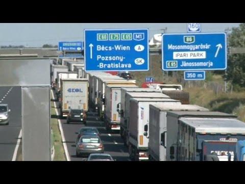 Ουρές χιλιομέτρων στα σύνορα Αυστρίας – Ουγγαρίας