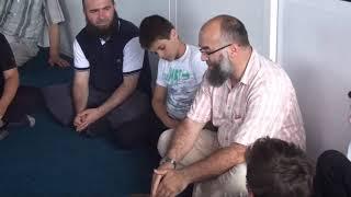 Pse nuk i lejojnë fëmijët në Xhami me u falë në Saff të parë - Hoxhë Ekrem Avdiu