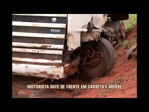 Motorista morre em acidente envolvendo dois carros e uma carreta em Conceição do Pará