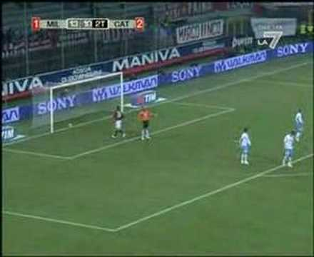 Primer Gol de Paloschi como profesional