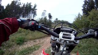7. Husqvarna TE 250 GoPro trail ride (3)