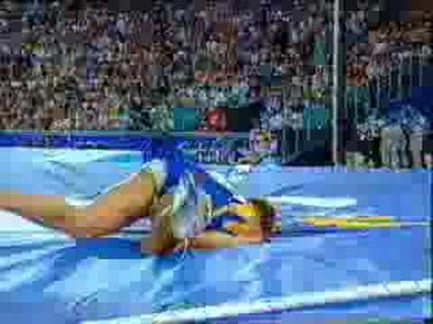 Funny - Sports Bloopers - Pole Vaulter Mishap
