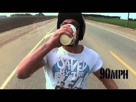 挑戰100英哩喝奶昔,下場就只有慘字可以形容。