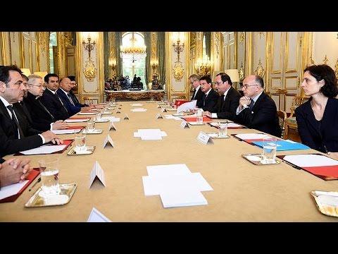 Οι θρησκευτικοί ηγέτες της Γαλλίας ζήτησαν αυξημένα μέτρα ασφαλείας στους ναούς