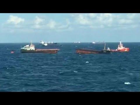 Σώα τα 11 μέλη του πληρώματος πλοίου που βυθίστηκε στη Μαύρη Θάλασσα