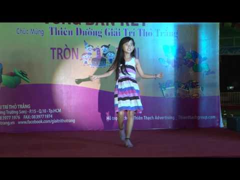 Shock bé gái 7 tuổi nhảy Cry Cry cực cute 2