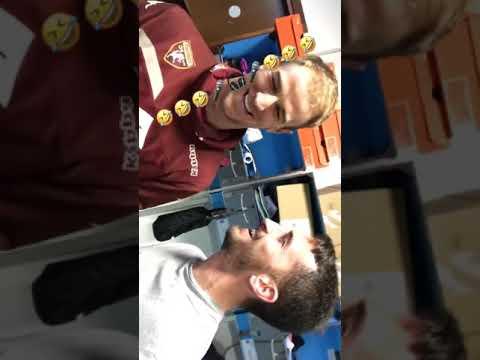 """Niente scuse: Hart e Valdifiori cantano """"Apologize"""""""