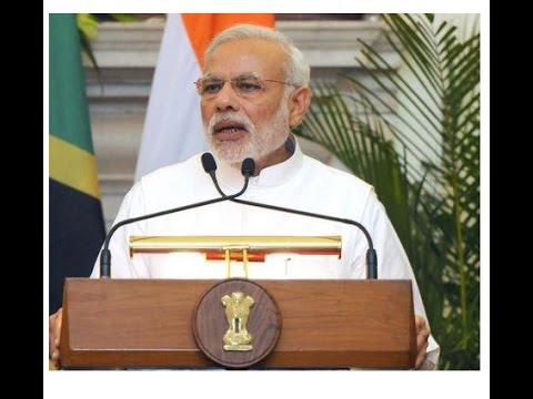 Video PM Modi in UAE: Interaction with Indians download in MP3, 3GP, MP4, WEBM, AVI, FLV January 2017