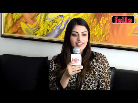 Anushka Ranjan Croons A Tune!