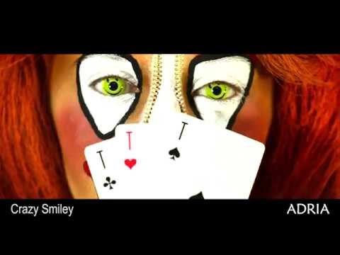 Crazy Smiley - цветные линзы Adria, видео в линзах