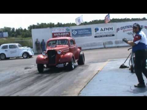 Willys Home Run 2009 Nostalgia Gassers drag cars