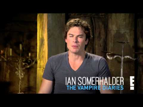 TVD Cast Sounds Off on Candice Accola's Pregnancy: Is There a Vampire Baby On Boa… видео