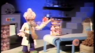 A hilarious advert from 1992, Professor Weeto is explaining how scary his new gift in the cereal is and it literally scares the pants off him. Enjoy!