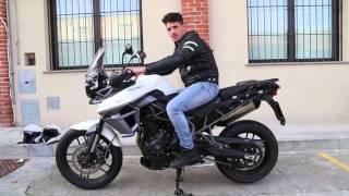 Video La postura in moto corretta! In strada e in OffRoad! MP3, 3GP, MP4, WEBM, AVI, FLV Desember 2018