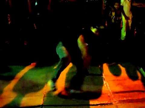 movimento de rua(itaipe)em  padre paraiso