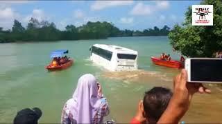 Video Bas Dua Alam Terengganu Mula Diuji di Sungai Terengganu - Bas Amfibia - Amphicoach MP3, 3GP, MP4, WEBM, AVI, FLV Juni 2018