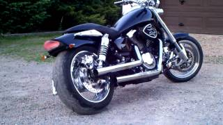 8. Kawasaki Mean Streak 1600 Custom sound